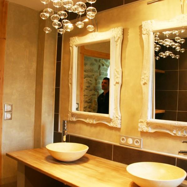 r novation salle de bains style n o classique renoveo. Black Bedroom Furniture Sets. Home Design Ideas