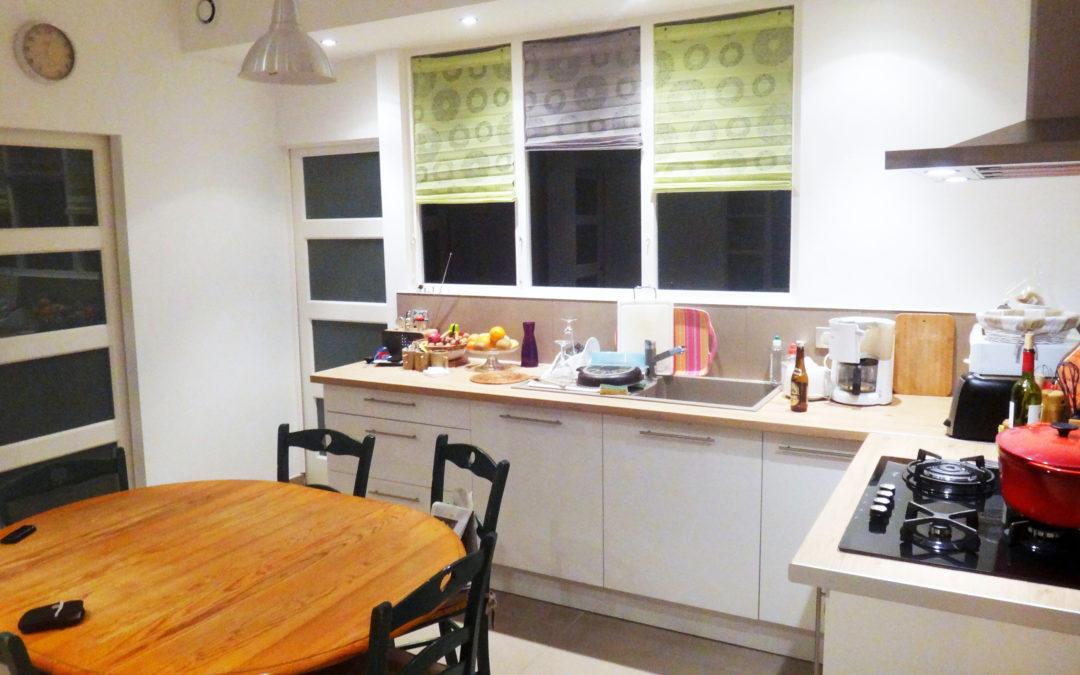 Rénovation cuisine aménagée avec verrière séparative